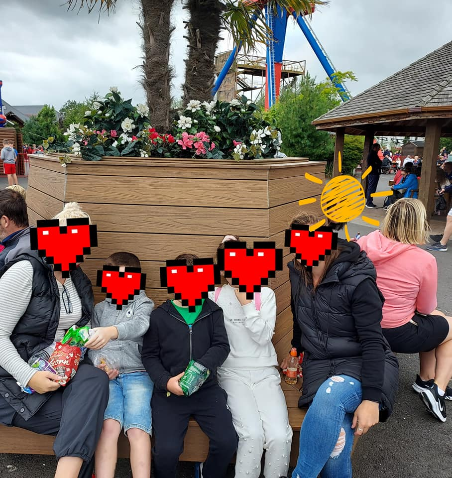 Picture of Doras Buí Family at Tayto Park